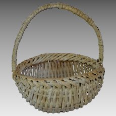 White Painted Splint Buttocks Basket