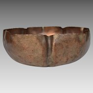 American Arts and Crafts Hammered Copper Bowl
