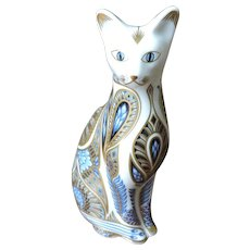 Royal Crown Derby Siamese Blue Point Cat Paperweight