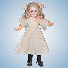 """Darling *12"""" Bahr & Proschild #204* Sonneberg Doll"""