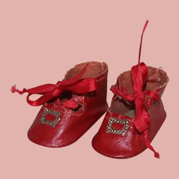 Excellent Vintage *Red Doll Shoes* with Toe Buckle