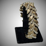 1930's - 1940's Trifari Brushed Faux Gold Leaves & Pearls Bracelet