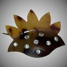 1920's - 1930's Faux Tortoise Shell stylized Flower Pin with ( 7 ) Rhinestones