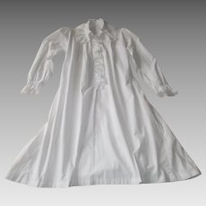Antique French Fine Cotton Nightgown with Delicate Lace Ruffles and Tucks 1627f07a5