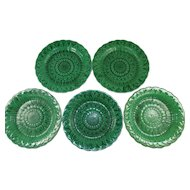 Set of Five Wedgwood Green Glazed Sunflower Pattern Plates c. 1866