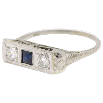 Art Deco Filigree Sapphire & Diamond 18k White Gold Ring