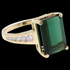 14k Yellow Gold Green Tourmaline & Diamond Ring
