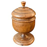 Fine Treenware Pedestaled Sugar/Spice Jar w Lid Pease/Brown Ware, Mint