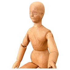 Fine Carved & Jointed Pine  Articulated Artist's Figure/ Model/Lay Figure/Mannequin/Doll.