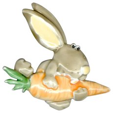Adorable JJ Enameled Rabbit with Carrot Pin