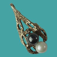 Vintage Midcentury 10k Gold Pearl Diamond Pendant