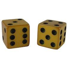 Vintage Pair Yellow Genuine Bakelite Game Dice
