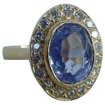 3.10 Carat Unheated Sapphire and Diamond Halo Ring 18k Yellow Gold