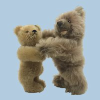 Dancing Steiff Zotty and Original Teddy from mechanical display 1950s