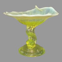 Vasoline Glass Dolphin Comport - L G Wright - Northwood