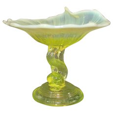 Vasoline Glass Dolphin Comport - L G Wright - Northwood