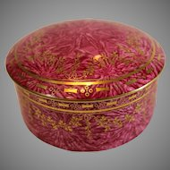 Royal Worcester Raspberry Ceramic Covered Box dated R - 1960