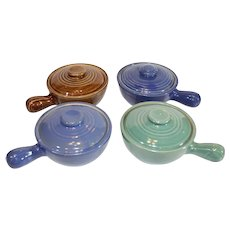 Vintage USA Pottery Covered Onion Soup Bowls - 1950s - Set of 4