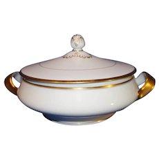 Theodor Haviland Round Double Handled Covered porcelain Serving Bowl - 1904-1920 - Acorn Pattern