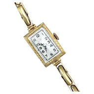 Vintage Art Deco 18K Gold Ladies Dress Watch