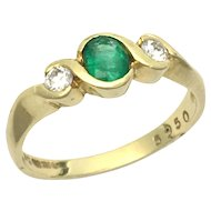 Vintage 18K Gold Emerald and Diamond Trilogy Ring