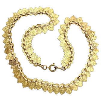 Victorian Engraved Gold Necklace