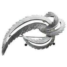 Sarah Coventry Brooch - Feathered Fashion