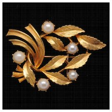Lisner Goldtone Leafy Branch Pin with Faux Pearls