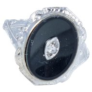 Art Deco White Gold and Onyx Ring