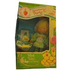 "Strawberry Shortcake  ""Mint Tulip and Marsh Mallard"" in original box"