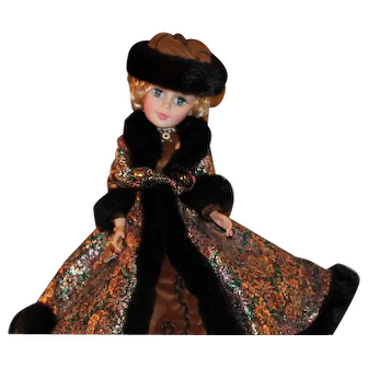 "Madame Alexander Cissy ""Natasha"""