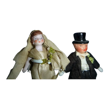 Vintage  Miniature All Bisque Jointed Bride and Groom