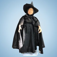 Collectible Margaret Hamilton 1982 Bisque Witch Doll UFDC Souvenir in Excellent Condition...for Halloween!