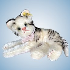 1950's Mohair RB Steiff Fifi Reclining Cat--Wonderful Condition, Great Smaller Size!
