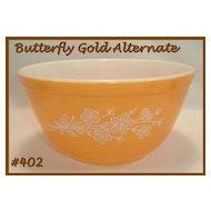 Pyrex Butterfly Gold Mixing Bowl 1 1/2 Qt