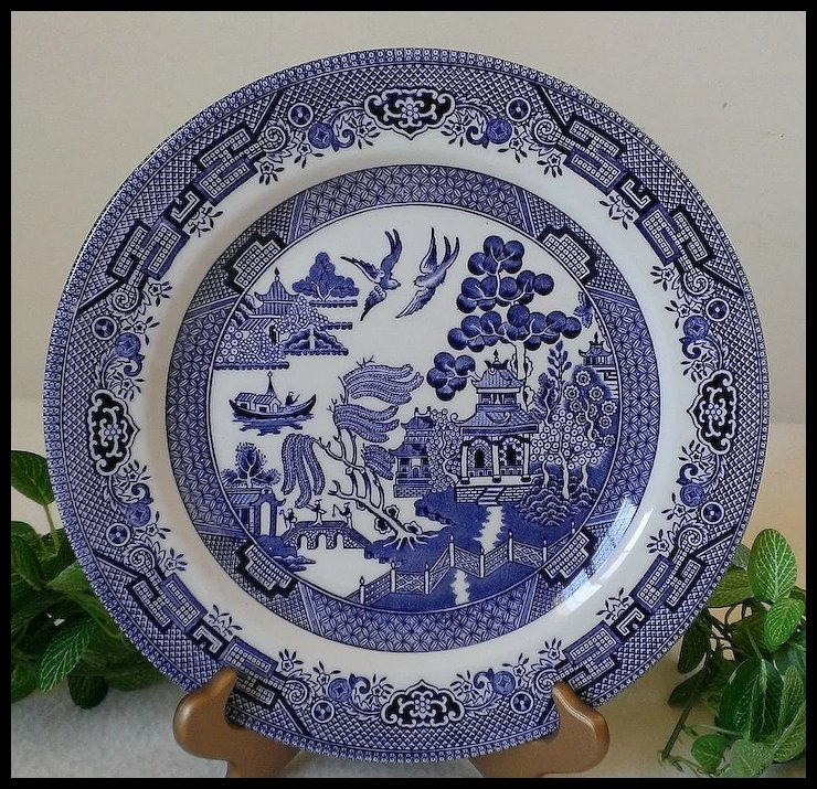 Churchill Blue Willow Dinner Plate & Churchill Blue Willow Dinner Plate : Annie\u0027s Avenue Antiques | Ruby Lane