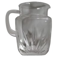 Federal Glass Star Pitcher 56 oz