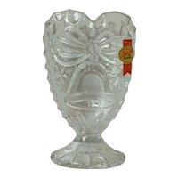 Anna Hutte Bleikristall Lead Crystal Heart Shaped Pedestal with Bell