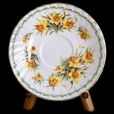 Queen's Special Flowers March Daffodil Saucer