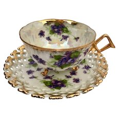 Royal Sealy 3 Foot Cup & Saucer