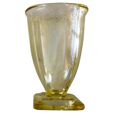 Indiana Glass Lorain Yellow Footed Tumbler