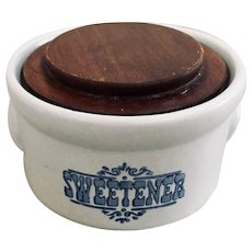Pfaltzgraff Yorktown Covered Sweetener Sugar Crock