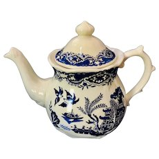 Blue Willow Teapot Price Kensington Potteries England