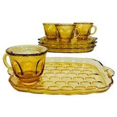 Federal Glass Yorktown Mixed Pattern Snack Set