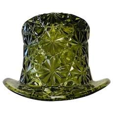 Vintage Fenton Glass Daisy & Button Green Top Hat