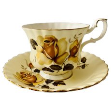 Royal Albert Yellow Rose Teacup & Saucer Montrose Shape