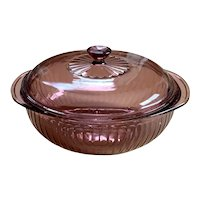 Corning Vision Cranberry 2 Qt. Covered Casserole