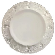 """Indiana Colony Harvest Grape Milk Glass 14"""" Large Torte Cake Platter Charger Plate"""