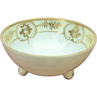 Nippon Yellow Gold Moriage Three Toed Whipped Cream Bowl