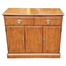 Fine Drexel Heritage Yew Wood Yorkshire Collection Dining Room Server / Bar 1990s